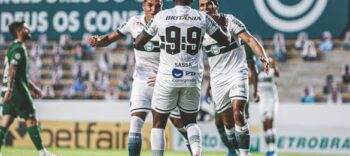 Coritiba empata com o Goiás por 3x3 em Goiânia