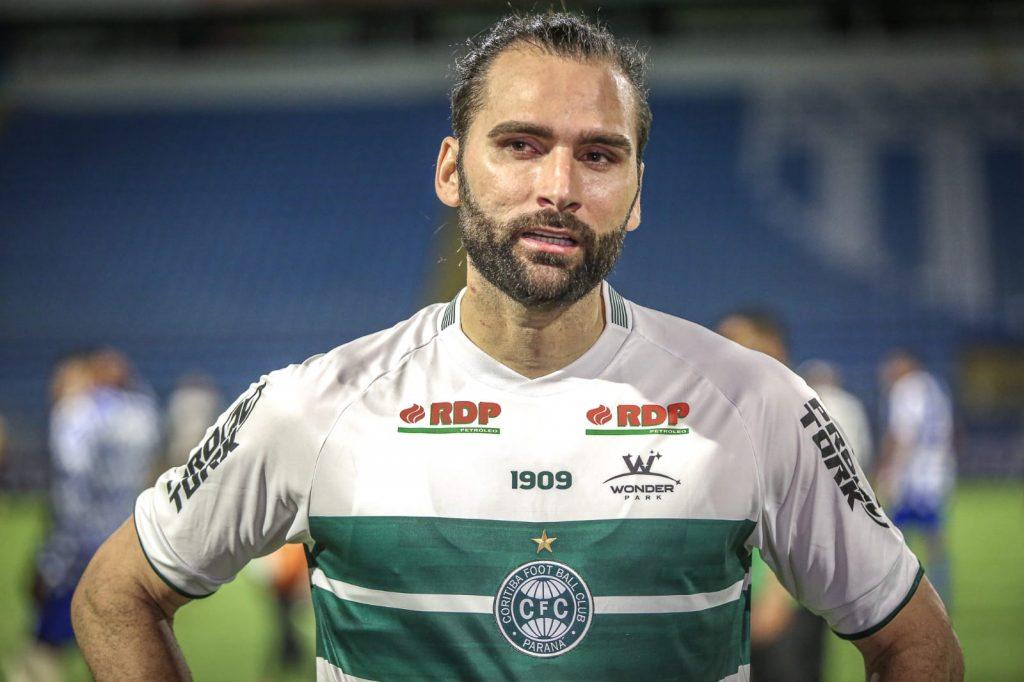 Léo Gamalho